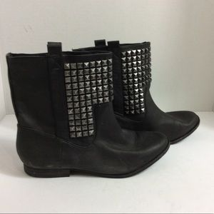 Zara size 39 gray studied riding ankle booties
